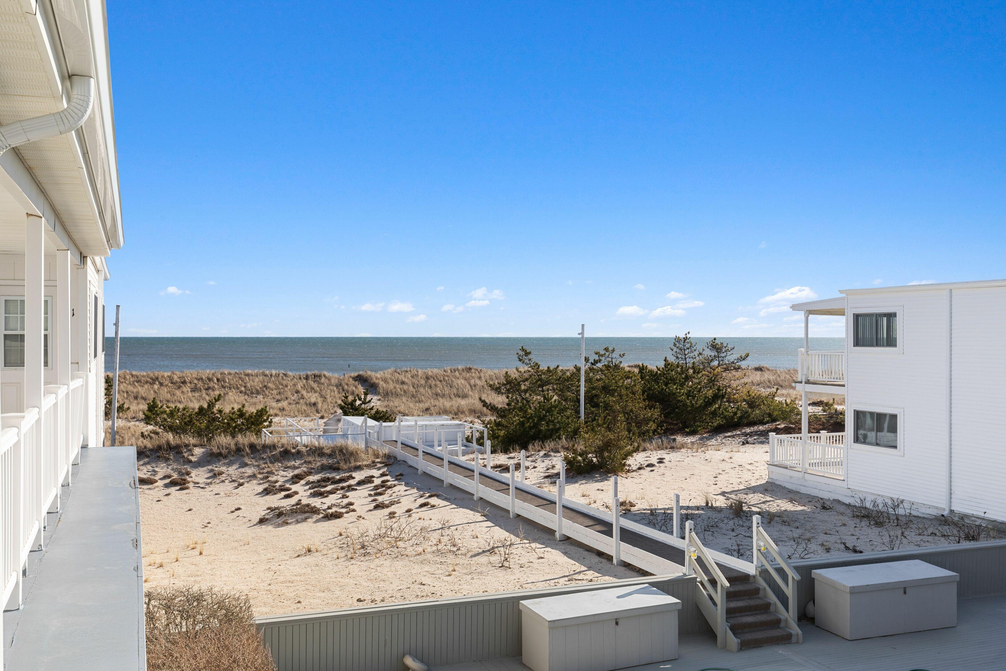 281 Dune Rd - Westhampton Beach South, New York