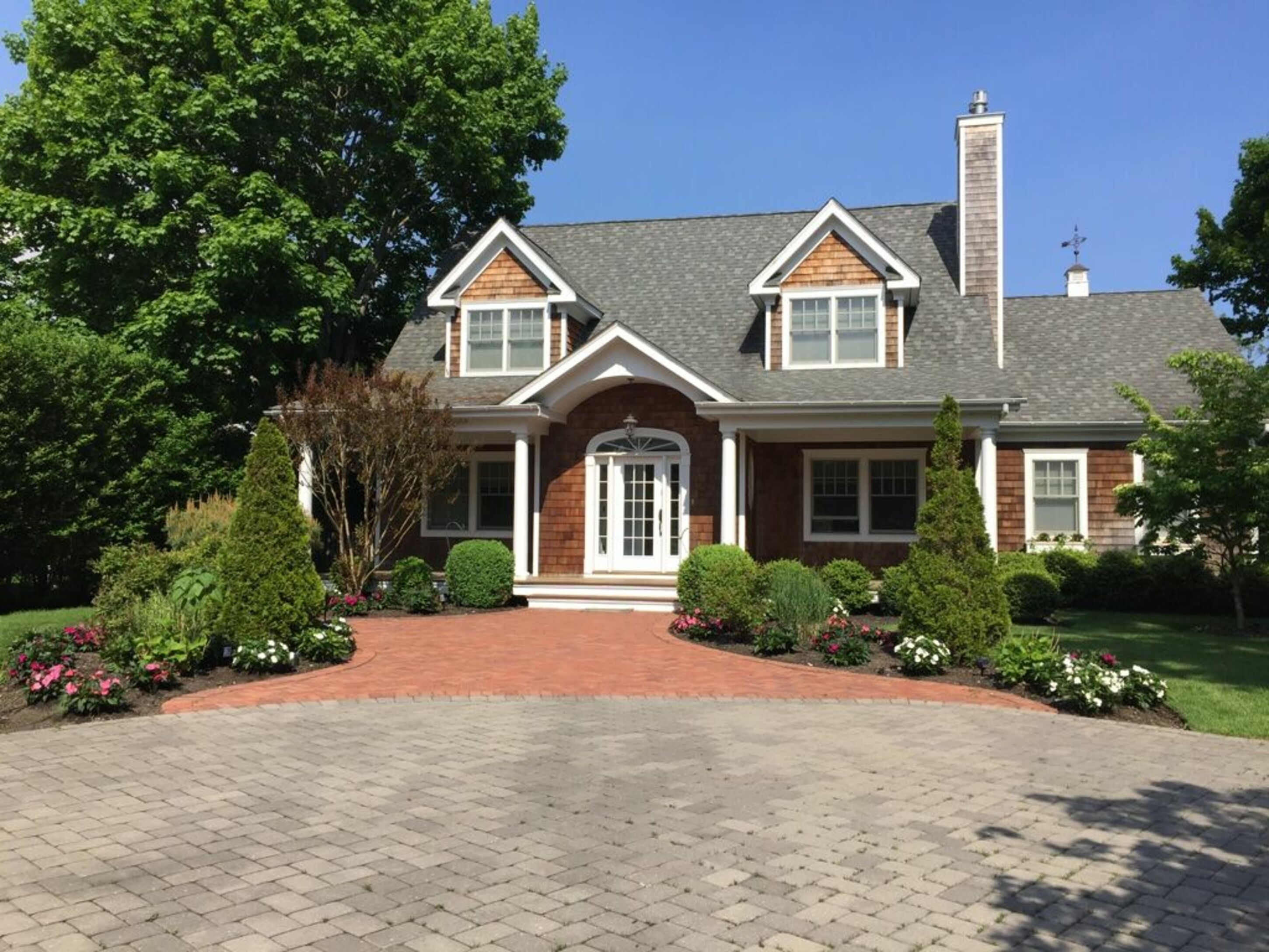38 Oak St - Westhampton Beach North, New York